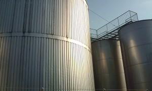 小正醸造 貯蔵タンク
